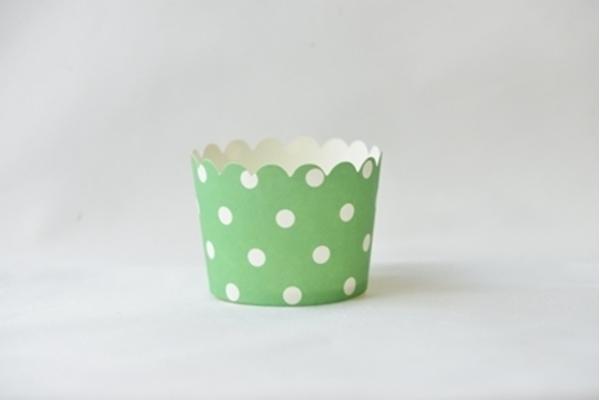 Θήκες για cupcakes πράσινο με λευκά πουά