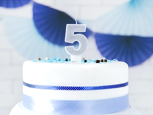 Picture of Silver Glitter 5 Number Candle