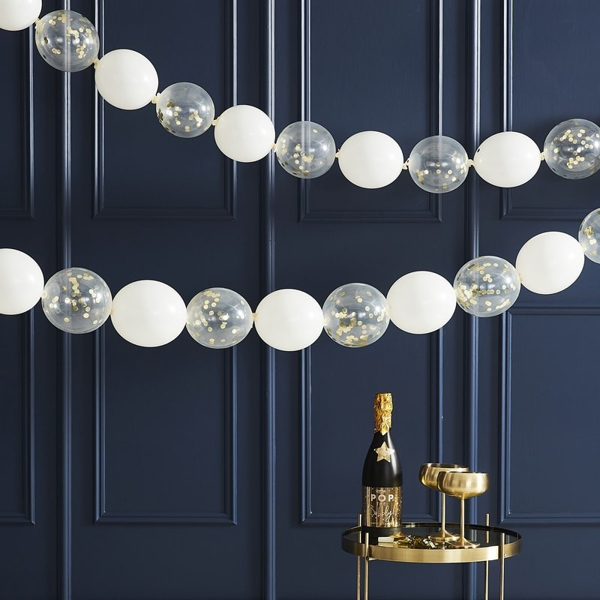 Picture of Gold Confetti Link Balloon Garland