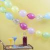Γιρλάντα από πολύχρωμα μπαλόνια και μπαλόνια με κομφετί