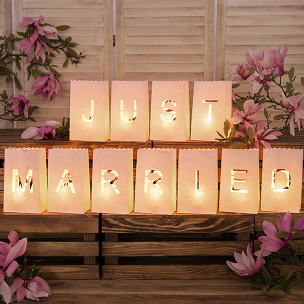 Picture of Lanterns, candle bags - Just Married