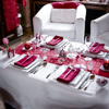 Picture of Sparkling  red glitter table runner