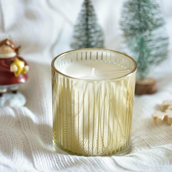 Αρωματικό κερί σόγιας σε χρυσό ποτήρι - Vanilla Cinnamon