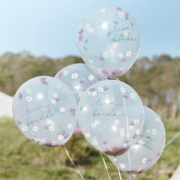 Μπαλόνια με κομφετί λουλούδια - Boho team bride